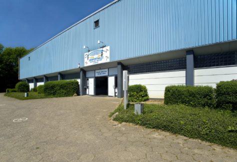 Risse in der Dachkonstruktion: Eissporthalle in Nordhorn geschlossen