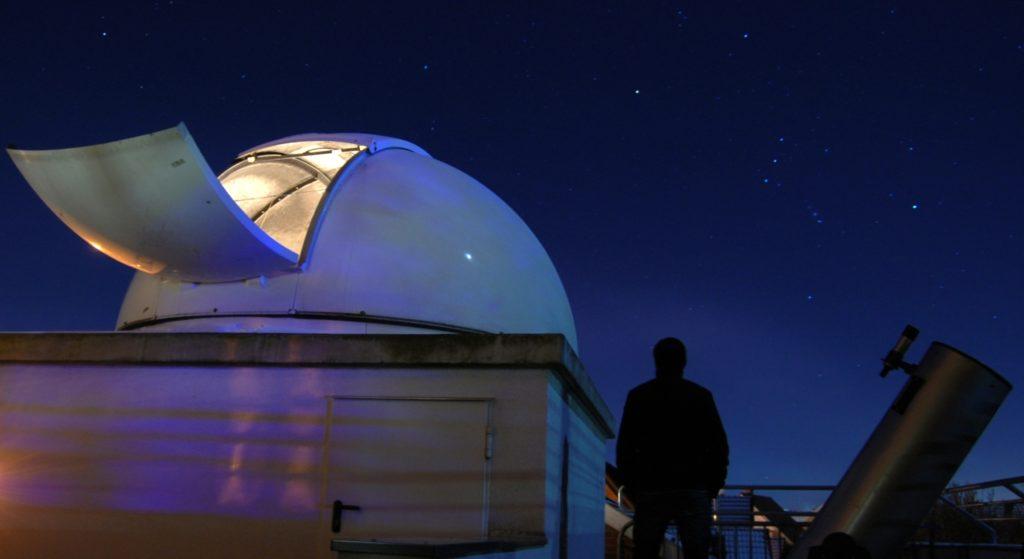 Starlink Satelliten Am Himmel
